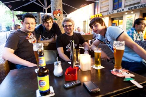 Im Foto: Batz, Yonasu, IamNoSuperman und Ahoijbrause
